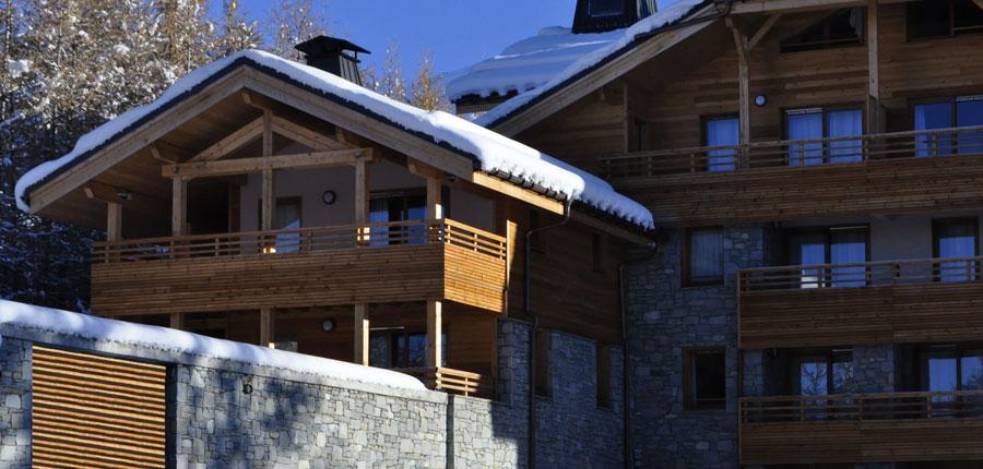 France_AlpedHuez_Hotel_Alpenrose_exterior_balcony.jpg